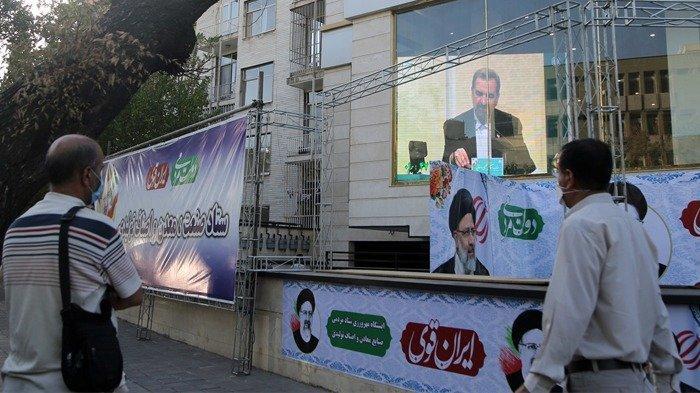 Debat Kedua Calon Presiden Iran Berlangsung Sengit, Tujuh Kandidat Dalam Keributan Berhadapan