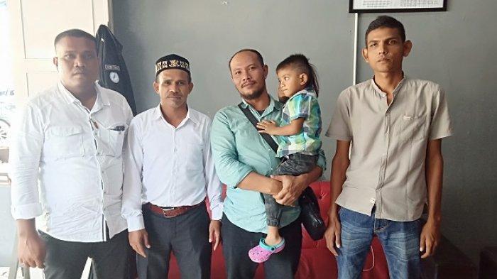 Biaya Pemulangan Ditanggung Haji Uma, Warga yang Sakit di Malaysia Tiba di Aceh Timur