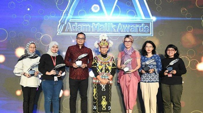 Adam Malik Awards 2020 - Wartawan Tribunnews.com Raih Penghargaan Sebagai Jurnalis Online Terbaik