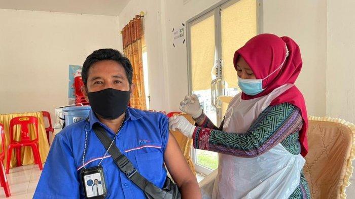 Aparatur Desa Sesak & Pingsan Usai Disuntik Vaksin Covid-19, Mengeluh Punya Riwayat Penyakit Lambung