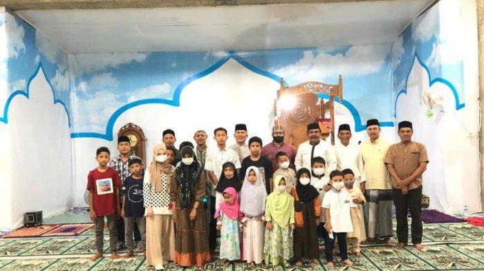 Sambut Idul Adha 1442 H, BKM Baitul Mukminin Lamteh Kembali Santuni 21 Yatim, Tiap Anak Rp 1 Juta