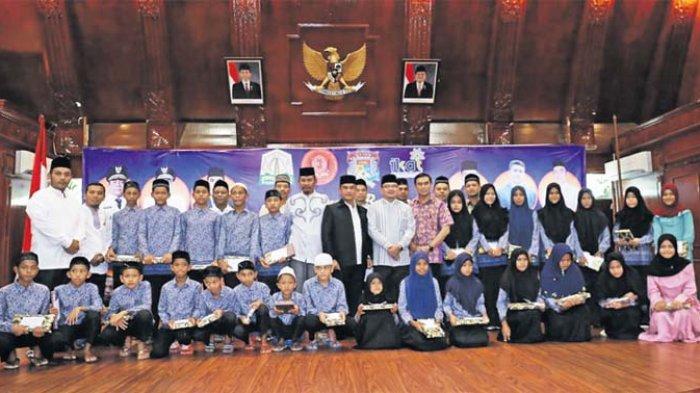 Mempertanyakan 'Aceh Meuadab'