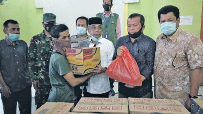 Dinsos Aceh Besar Bantu Masyarakat Ekonomi Lemah