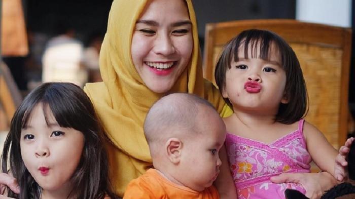 Gempa di Yogyakarta, Zaskia Adya Mecca Bingung, Anaknya Banyak, Harus Gendong Anak yang Mana