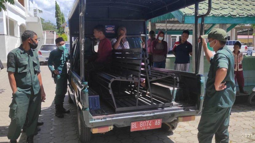 pasangan haram digerebek warga usai kepergok berzina di Luengbata, Banda Aceh