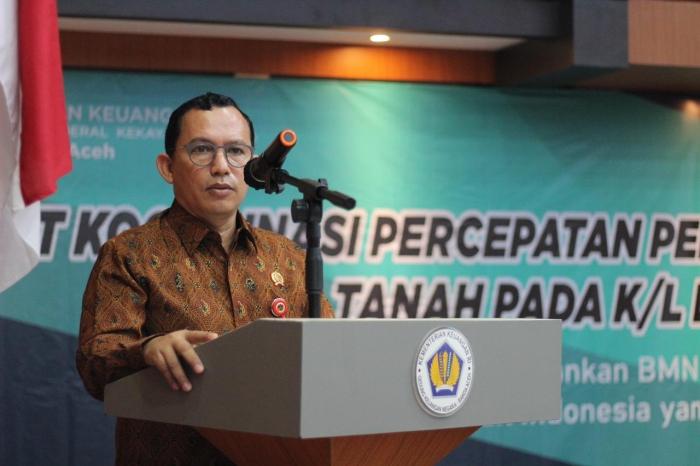 Kepala Kantor Wilayah BPN Provinsi Aceh Dr Agustyarsyah, S.SiT, MP,
