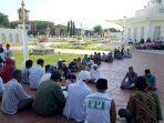 aksi-tolak-kecurangan-pemili-2019-di-masjid-raya-baiturrahman-banda-aceh.jpg