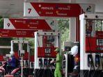 alat-pengisi-bahan-bakar-minyak-jenis-baru-pertalite-ron-90-di-spbu_20181010_122234.jpg