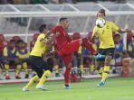alberto-beto-goncalves-tengah-saat-tampil-pada-laga-indonesia-vs-malaysia.jpg
