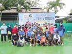 aminullah-usman-bersama-petenis-junior-2021.jpg