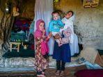 anak-anak-penduduk-gua-lembah-bamiyan-yang-mayoritas-dari-etnis-minoritas-hazara.jpg