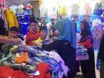 anak-anak-yatim-dan-kurang-mampu-yang-diajak-untuk-membeli-baju.jpg