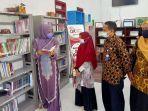 anggota-komisi-i-dpra-darwati-a-gani-melakukan-kunjungan-kerja-ke-taman-pendidikan-masyarakat-tpm.jpg