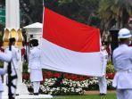 anggota-paskibraka-mengibarkan-bendera-merah-putih-di-hari-kemerdekaan-ke-75-ri.jpg