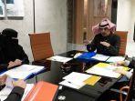 ayah-dan-anak-sama-profesi-di-arab-saudi.jpg