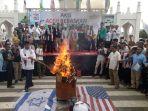 bakar-bendera-palestina_20180511_235447.jpg