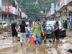 banjir-parah-dan-tanah-longsor-melanda-henan-china.jpg