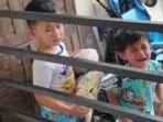 bayi-usia-10-bulan-diletakkan-di-teras-rumah-dan-dijemput-tetangga-ternyata-ada-alasan.jpg