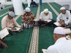 belajar-membaca-alquran-secara-gratis-di-masjid-agung-alfalah-sigli.jpg
