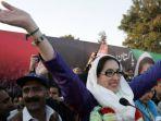 benazir-bhutto_20171228_120823.jpg