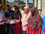 beras-bantuan-di-aceh-tenggara_20180131_150515.jpg