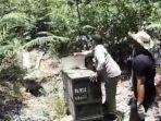 beruang-madu-sitaan-dari-lima-tersangka-dilepasliarkan-kembali-ke-hutan.jpg