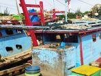 boat-pukat-trawl.jpg
