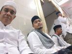 bupati-aceh-jaya-t-irfan-tb-selfie-bersama-penceramah_20180603_004227.jpg