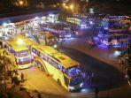 bus-angkutan-umum-menunggu_20170623_091203.jpg