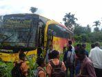 bus-sempati-star-kecelakaan-di-seulimuem_20171027_222659.jpg