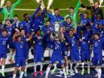 chelsea-merayakan-dengan-trofi-setelah-memenangkan-pertandingan-final-liga-champions.jpg