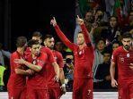 cristiano-ronaldo-merayakan-gol-bersama-rekan-rekannya-pada-pertandingan-portugal-vs-swiss.jpg