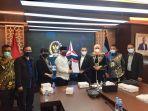 delegasi-komisi-i-dpra-jumpai-fraksi-demokrat-dpr-ri-diterima-muslim-shi-mm.jpg