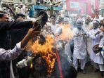demo-prancis-di-bangladesh.jpg