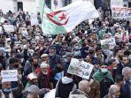 demonstrasi-di-ibu-kota-aljir-aljazair.jpg