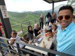 di-pekebunan-teh-sungai-palas-malaysia.jpg