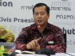 direktur-perlindungan-wni-dan-badan-hukum-indonesia-kementerian-luar-negeri-lalu-muhammad-iqbal_20180120_212637.jpg