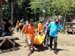 evakuasi-mayat-wanita-muda-di-desa-kedungpedaringan-kecamatan-kepanjen-kabupaten-malang.jpg