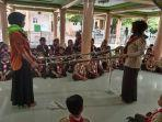 Mahasiswa Unigha Sigli Latih Pramuka untuk Murid SD IT Al Uswah, Ada Perkemahan hingga Pentas Seni thumbnail