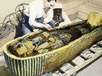 firaun-paling-terkenal-tutankhamun.jpg