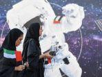 gambaran-astronot-wanita-uea.jpg