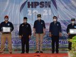 gubernur-aceh-nova-iriansyah-dan-bupati-aceh-tengah-senin-332021-pada-hpsn-tahun-2021.jpg