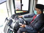 gubernur-aceh-nova-iriansyah-mencoba-bus-listrik.jpg