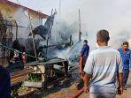 gubuk-teknisi-boat-di-lampulo-terbakar_20180329_114045.jpg