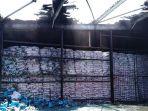 gudang-pt-pim-terbakar_20180927_165326.jpg
