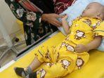 habib-al-fitrah-bersama-ibunya-saat-menjalani-perawatan-di-sebuah-rumah-sakit-di-jakarta.jpg