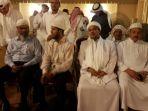 habib-riziq-dan-zakir-naik-di-mekkah_20170614_220318.jpg