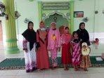 ibu-dan-7-anak-masuk-islam-di-abdya_suami-menyusul.jpg
