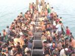 imigran-suku-rohingya-dari-myanmar-berada_20150521_081926.jpg