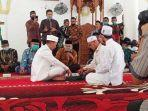 ismed-sofyan-saat-melangsungkan-akad-nikah-di-masjid-salman-alfarisi.jpg